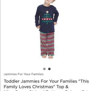 NWT jammies for your families Christmas  PJ set!